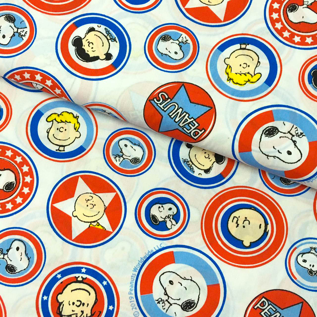 Retalho Tecido Snoopy Buttons Fd Branco (50x36cm)