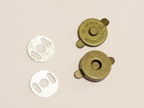 Botão Imantado 18mm Ouro Velho (Pcte com 5)