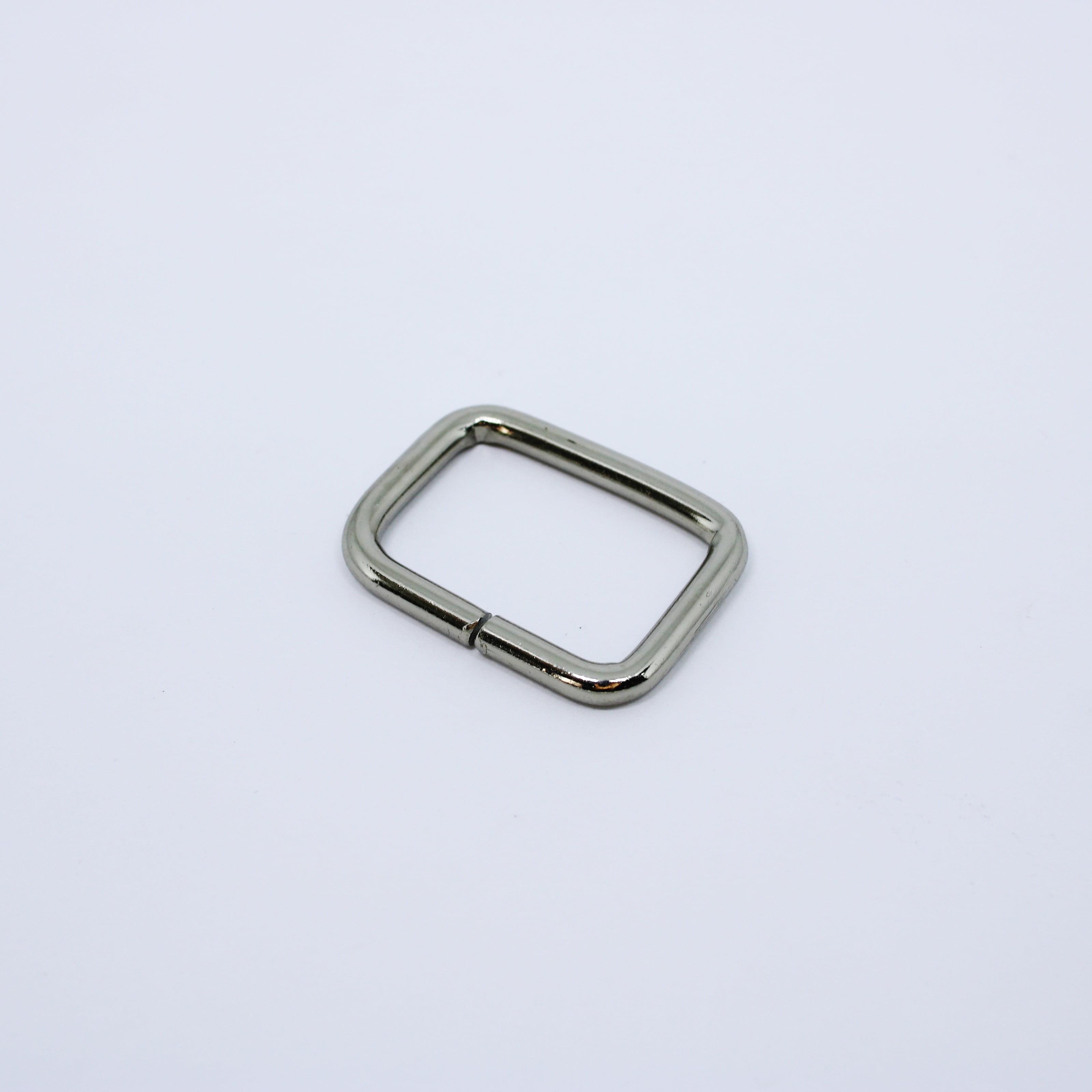 Passador Luxo Retangular 3cm Niquel com Verniz